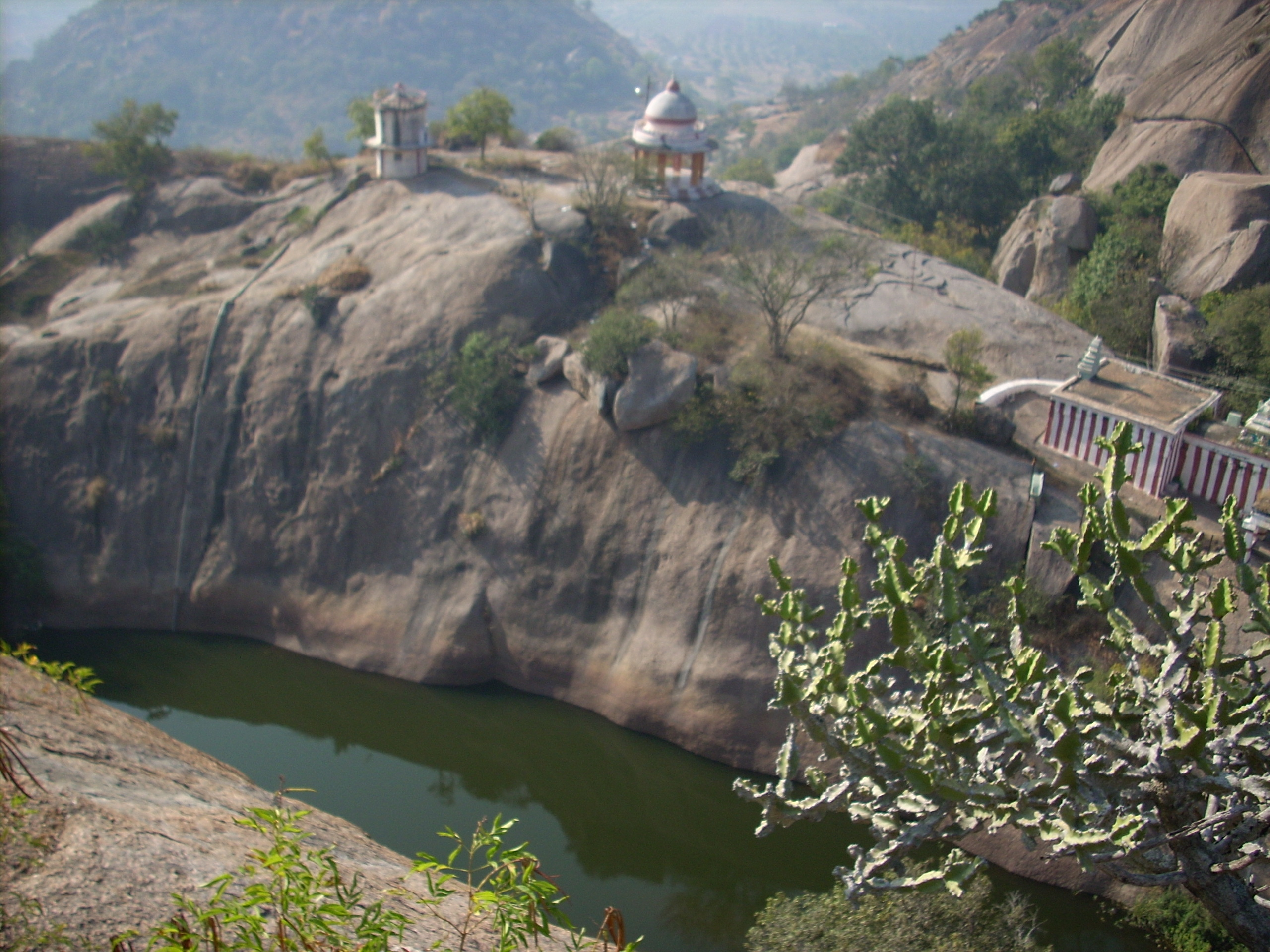 Historical Places Near Bangalore for Short Road Trips